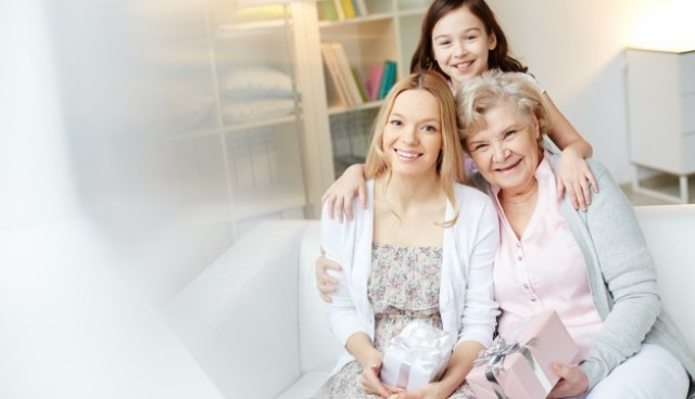 Mother and grandmother with gifts  Photo |  Download